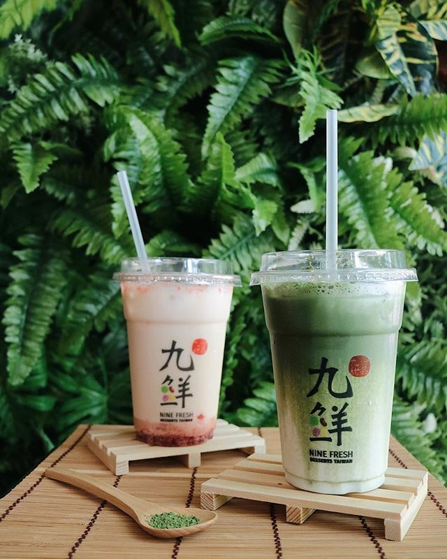 Craving for more 九鲜 especially their seasonal special drinks: Strawberry Earl Grey Latte and Matcha Milk Latte ($3.80).