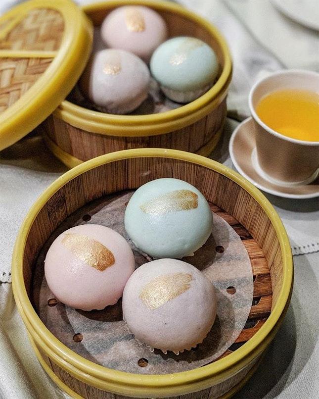 Tiffany custard bun 锦绣流沙包 ($8 for 3 pieces)