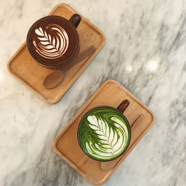Hot chocolate and Matcha Latte :) !