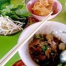 Doy Kuay Teow Reua (ต้อยก๋วยเตี๋ยวเรือ)