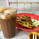 Not the most famous kopi in town, but good enough to make me a happy girl !