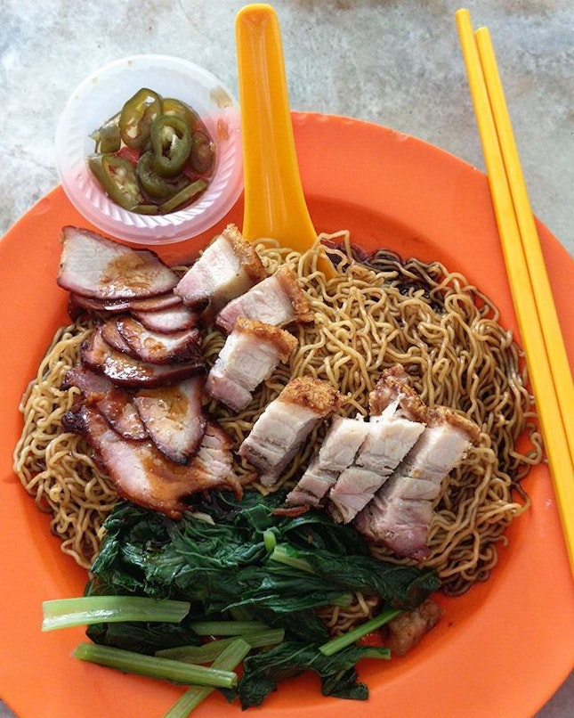 Springy noodles with siew yoke and char siew (RM6.50-small).