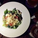 Hell-thy huh🍽🍻 #sgig #sgcafe #sgfood #sgcafes #exsgcafes #exploresingapore #exsgcafes #eatoutsg #eatoutexplore #cafehoppingsg #tgif #potd #fotd #foodie #foodsg #foodgasm #foodporn #foodpornsg #burpple #girlsnight #먹스타그램 #인스타그램 #얼짱 #얼스타그램 #싱가폴 #일상 #데일리