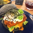 Tokyo drip burger with onsen egg 🍔🍔 #fivehtmy #fusion #dindins #aboutlastnight #newopenings