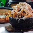 Humongous truffle fries 😍🍟 • Sad that the truffle mac n' cheese is no longer on the menu 😢#blvdhouse #dindins