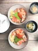 Tanuki Raw Salmon Kaisen Lunch Set