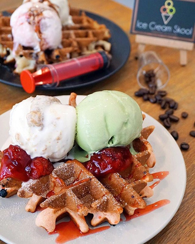 Sweet Berries Waffle w/ Matcha & Butterscotch Ice Cream ($4.20/Waffle + $5.80/Double Scoop) Unique waffle flavour with crisp exterior and dense fluffy interior, the waffle tastes great on its own but the sweet folks behind @IceCreamSkool went a mile ahead to top it up with chewy strawberries to make our day even sweeter.