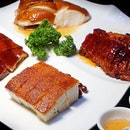 Four Heavenly Kings Platter ($48) For the love of roast, you can find more than crab from @crab_corner.