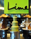 🍵Who's up for matcha chocolate fondue?