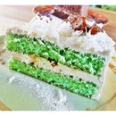Ondeh-Ondeh Cake (SGD $5.90) @ Aria (Cafe).