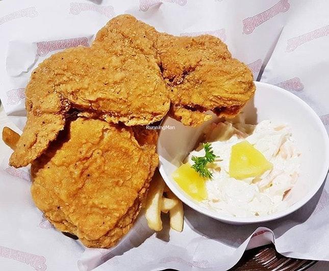 Chicken In A Basket (SGD $15.90) @ Swensen's.