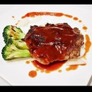 Pan-Fried Beef Tenderloin (SGD $10) @ Peach Garden Restaurant.