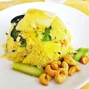 Khao Pad Sapparod / Vegetarian Pineapple Fried Rice (SGD $6) @ Nangfa Thai Kitchen.