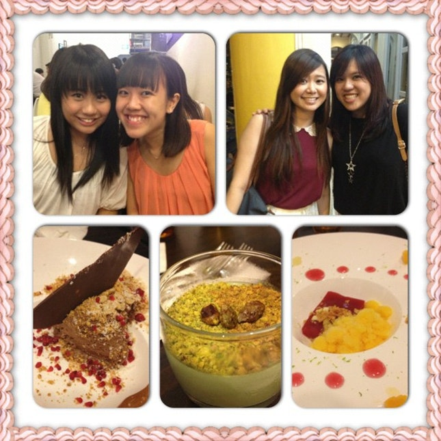 Happy people cause of yummy desserts! #burpple