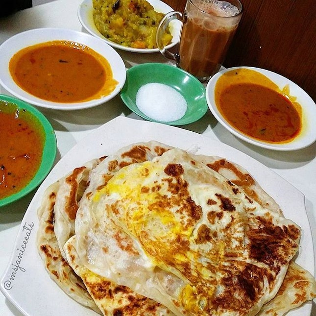 A light Roti Prata dinner (S$14.70) for my not-so-hungry family of four. Before going to West Coast Plaza (I still call this place Ginza Plaza!