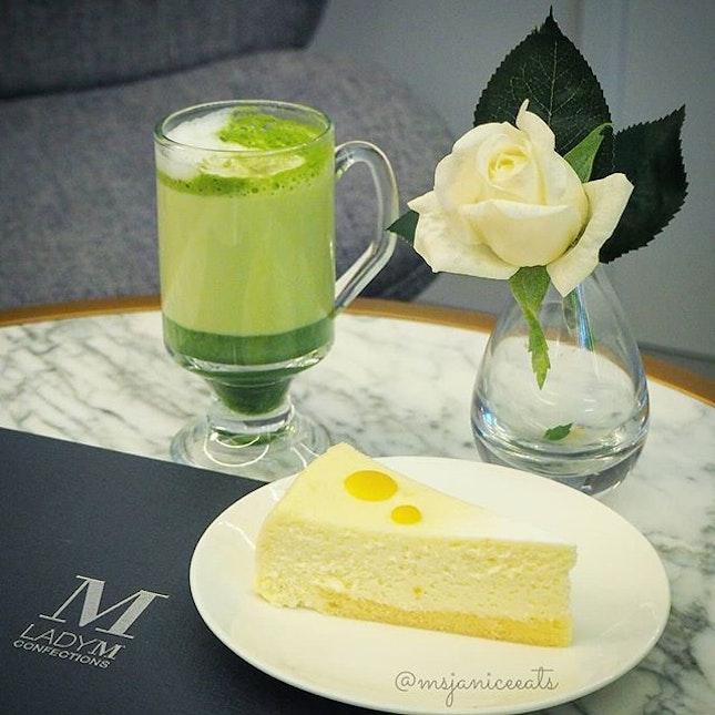 🌟 Yuzu Cheesecake (S$9.50) 🌟  Cream cheese infused with yuzu peel and puree, set atop airy vanilla sponge cake.