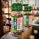 🌟 Kameya Foods Furikake (S$8.00) 🌟  Spice up your piping hot bowl of rice with Furikake, a dried mixed seasoning with wasabi flavour.