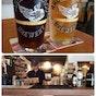 Growlers Craft Beer & Bistro
