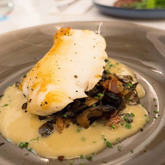 I'm not a fish lover, but visited @venuebysebastian just for this exceptional dish Chef Sebastian used to serve when he helming the kitchen at Restaurant Ember.