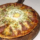 Turkey Ham Sunny Side Up Pizza.