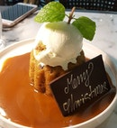 One of the best sticky date pudding in Singapore!