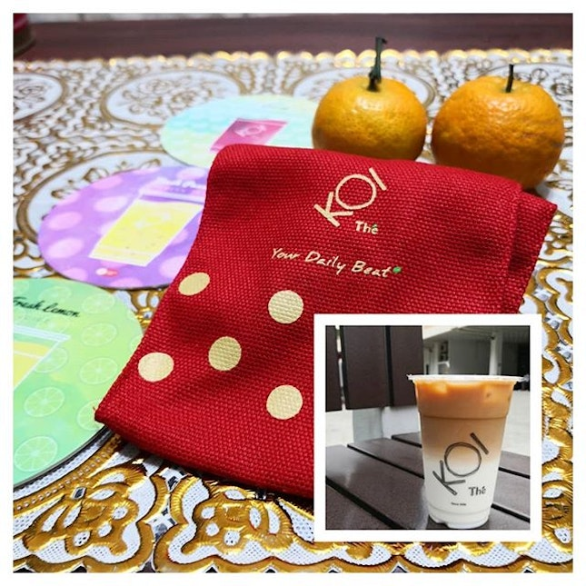 Bring along limited edition CNY orange bag ($6) from KOI for your house visiting!