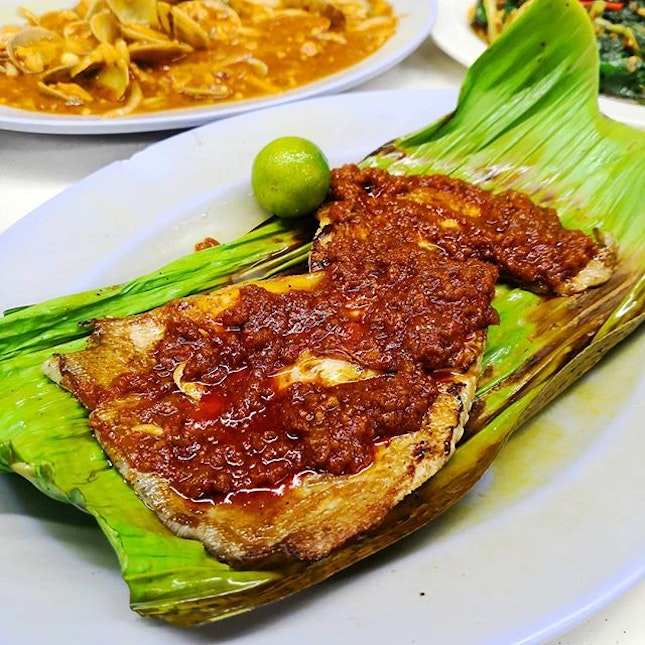"""Google """"Best Stingray Singapore"""" and chances are you'll find 526 Hotplate BBQ appearing on every list."""