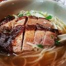 鵝肉賴。。感覺好似食鴨肉。。湯味超濃的。。米芝蓮一星 #goosemeat #burpple #burpplehk #hongkongfoodie #michelinonestar