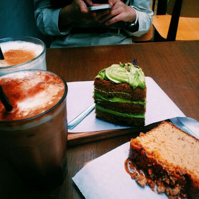 their thai milk tea loaf, so good.