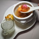 "Jade's Hot Eight Treasures Soup with ""Tang Yuan"" and Generous Bird's Nest on side at Jade @fullertonhotel ."