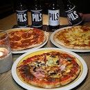 Pizza & Pilsner Night