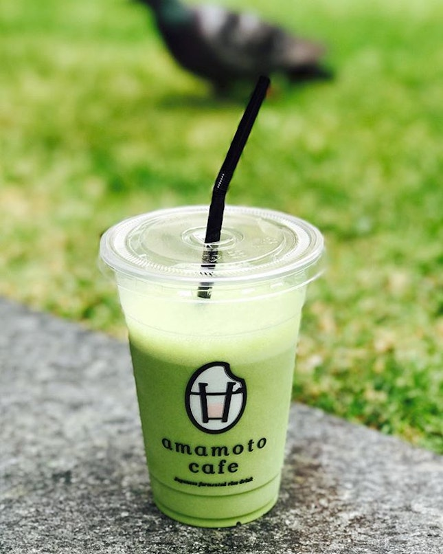 Matcha amazake [$5] Relatively new stall at One Raffles Place that specializes in amazake beverages (Japanese fermented rice) that comes in different flavours (and even juices as well)!