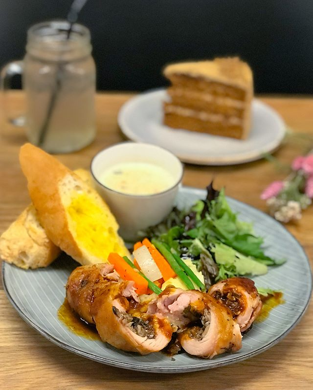 Chicken roulade lunch set [$14.50] As part of the weekday lunch set (11am-2pm), you get a soup of the day, choice of main (weekly rotational basis) and a iced homemade cooler of your choice.