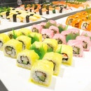 • Colourful Sushi 🍣 • Too pretty to be eaten •