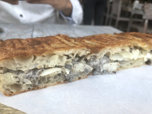 Truffle And Cheese Bread