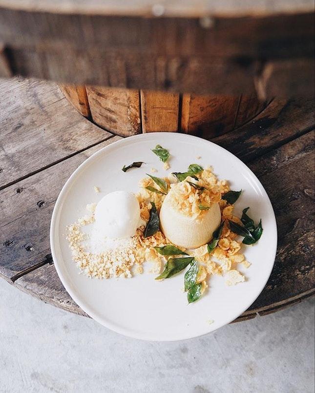 Molten Salted Egg Yolk Cake