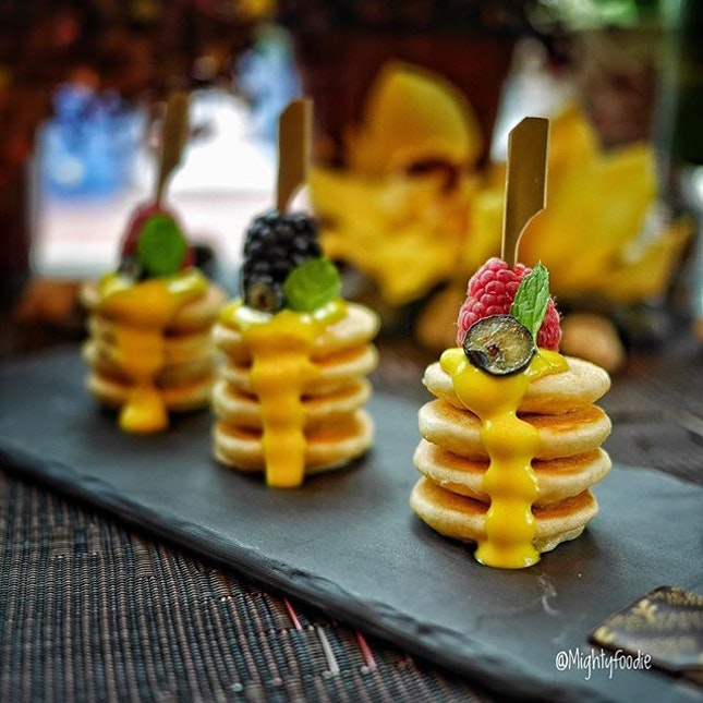 Mini Pancake Stack with Mixed Berries & Passion Fruits Cream.