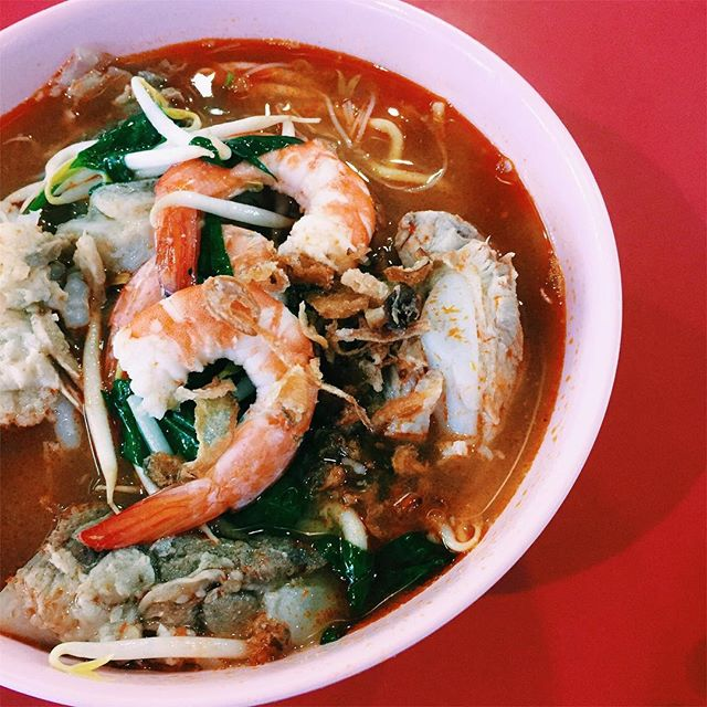 ABC Brickworks in Bukit Merah might be better known for their charsiu thanks to Fatty Cheong and Ah Er Soup which recently got featured in the Michelin bib gourmand but tucked in the middle is a purveyor of one of the best penang prawn noodles I've had in a long time.