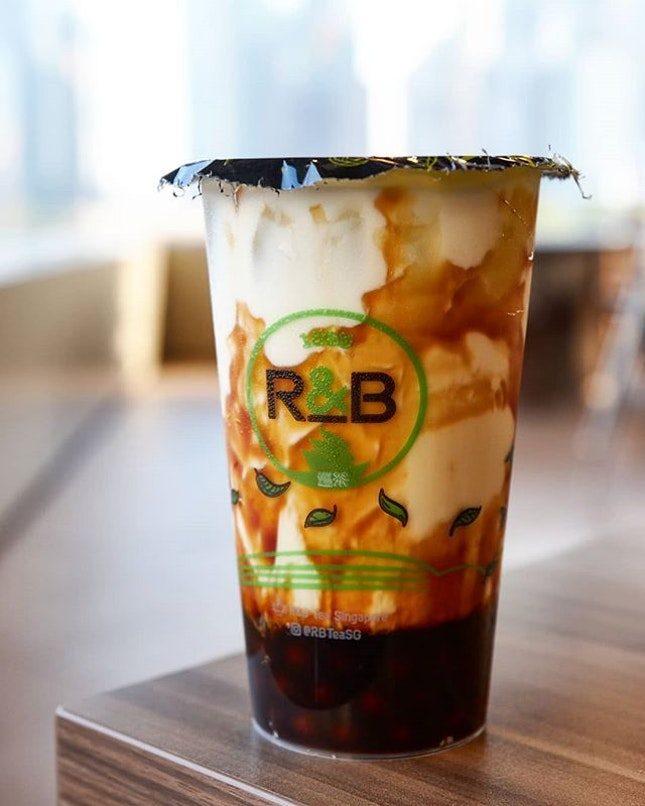 Two years on and @rbteasg still retains its place as my top Brown Sugar Boba Milk ($3.80) in Singapore with its very balanced milk to brown sugar syrup taste ratio as well as the soft, tasty brown sugar pearls with which an anti-boba bubble tea consumer like me has come to fall deeply in love with.