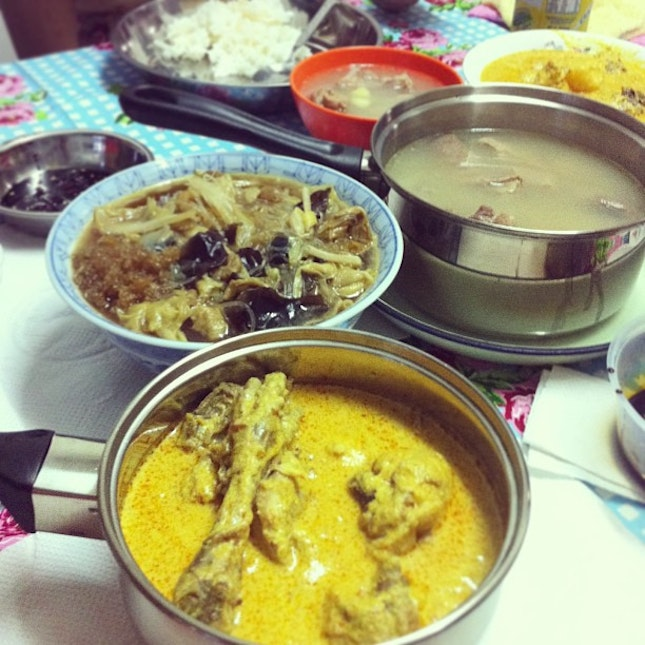 No steamboat this year but yummilicious homemade food all the same#cny #burpple
