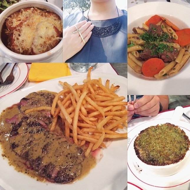 Lunch out today was at L'entrecot at Suntec complete with #escargots, #French onion #soup, #penne with #lamb stew, some house poured red wine (not in picture) and their signature steak with fries in large.