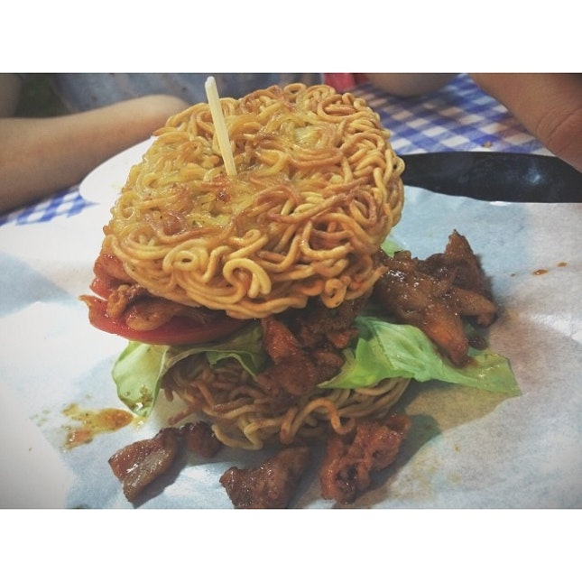 This is a #ramenburger.