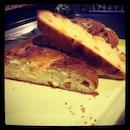 Apricot brioche #noeggwash #noalmondflakes #kitchenjoys #cookingadventures #burpple