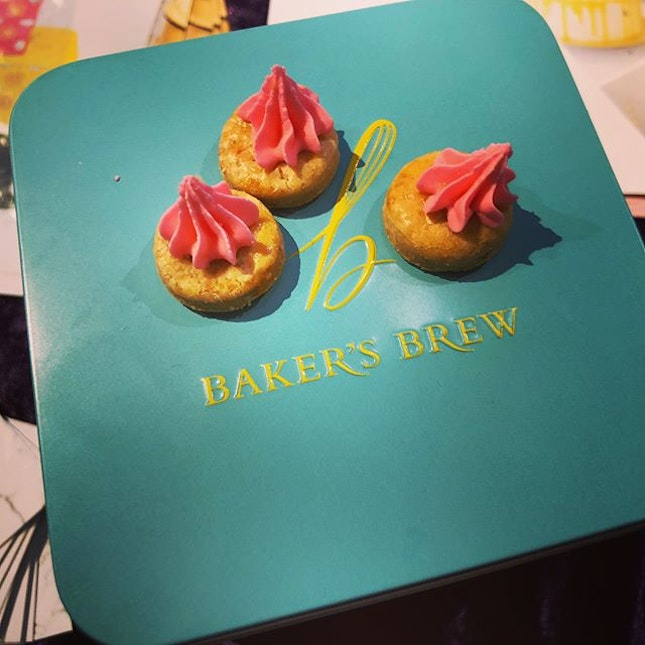 Iced gems from Bakers Brew are amazinggggg.