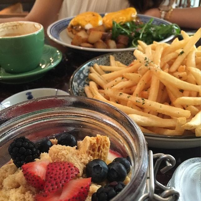 Café Hoppings