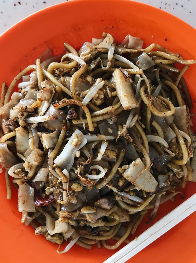 tiong bahru fried kway teow (02-11)