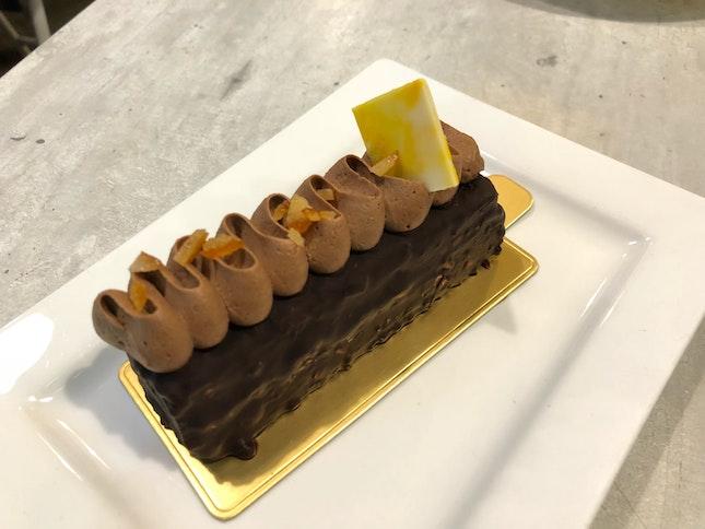 Chocolate Cake (?)