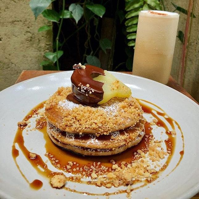 My kinda Xmas eve brunch-  Earl Grey pancakes with white chocolate macadamia crumble and Poached Pear 😋🎄 - #singapore #igsg #sgig #lifestyle  #instagood #sgfoodie #explore #instadaily #instafood #foodporn #foodgasm #travel #exploresg #travelgram #bbctravel #onthetable #sgeats  #eathealthy #burpple  #sgcafe #sgcafehop #8dayseat #sgrestaurant #sgbrunch #pancakes #earlgrey #coffee #latte