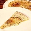 ONE-NINETY BAR --------------- TRUFFLE FOCACCIA --------------- Wood-fired focaccia sandwiching truffle mascarpone cheese.