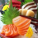 AKARI --------------- OTSUKURI 5 SYU MORI --------------- Falling heads over heels with Japanese cuisine, here is the 5 kinds of sashimi platter: one of which is the thick slice of fresh salmon sashimi that literally melted on the tongue.